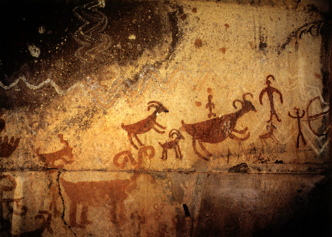 to see pictograph art in Horseshoe Canyon, Utah