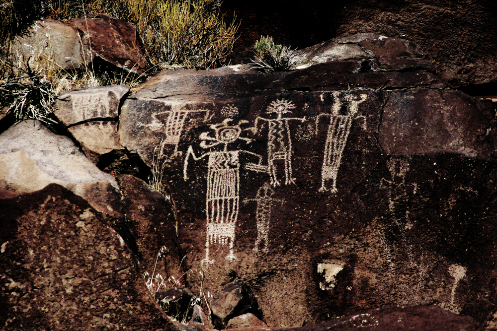 shaman figures in the Coso rock engravings