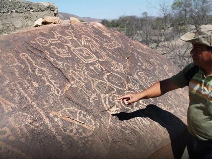 Astronomy revealed in peruvian prehistoric rock art