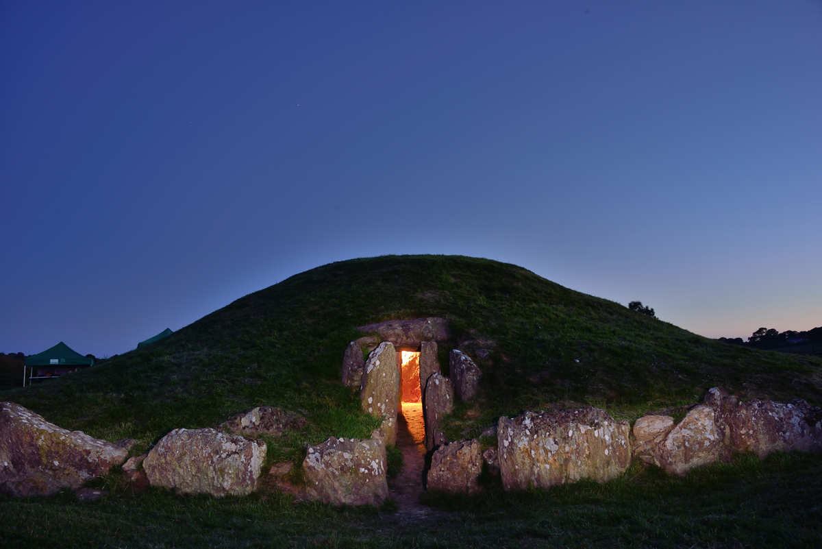 Bryn Celli Ddu at Dusk. Wales