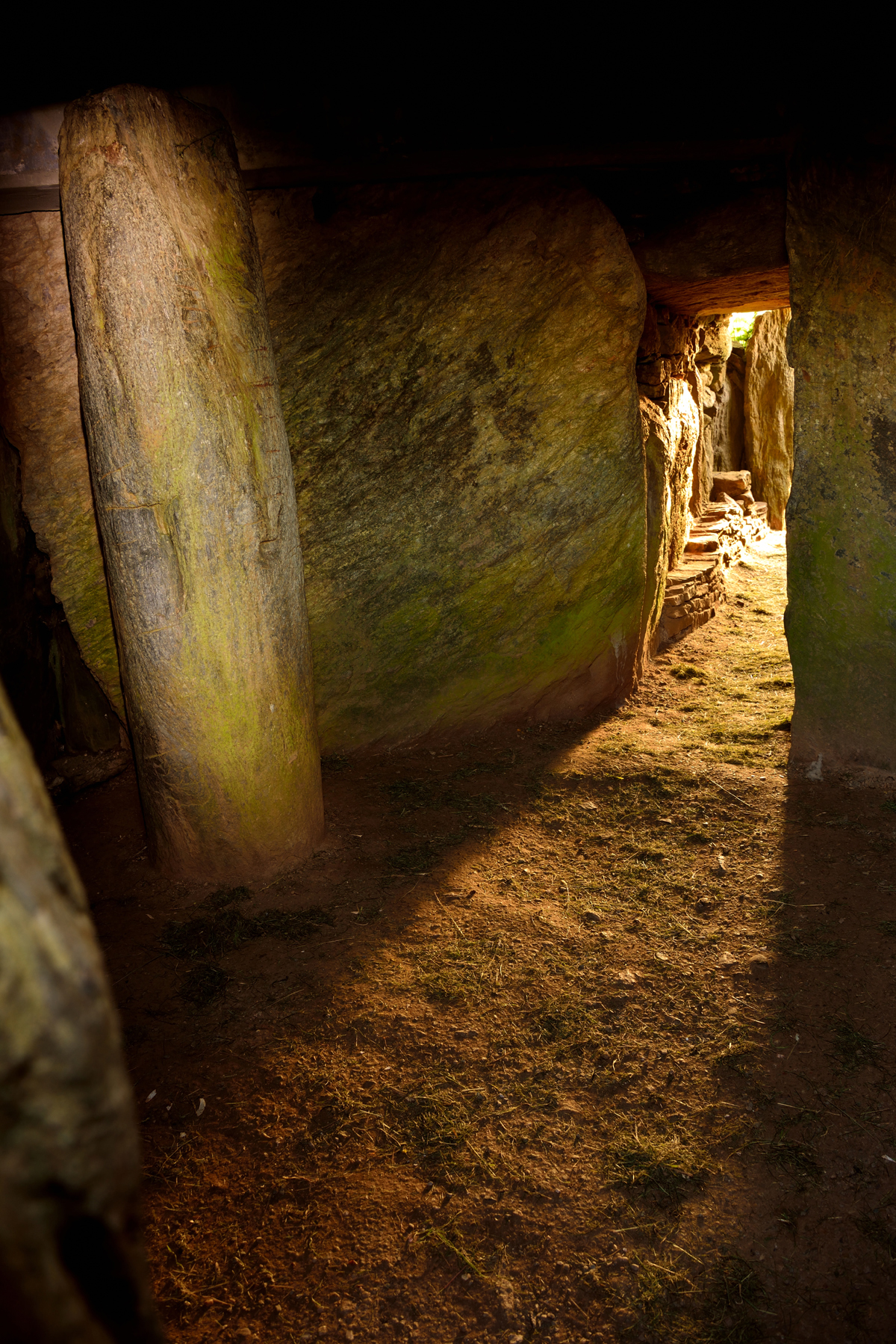 Bryn Celli Ddu summer solstice. Wales. Archaeology