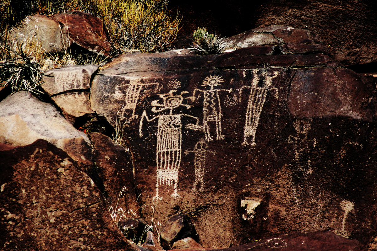 Coso rock art. Crow Canyon Tour