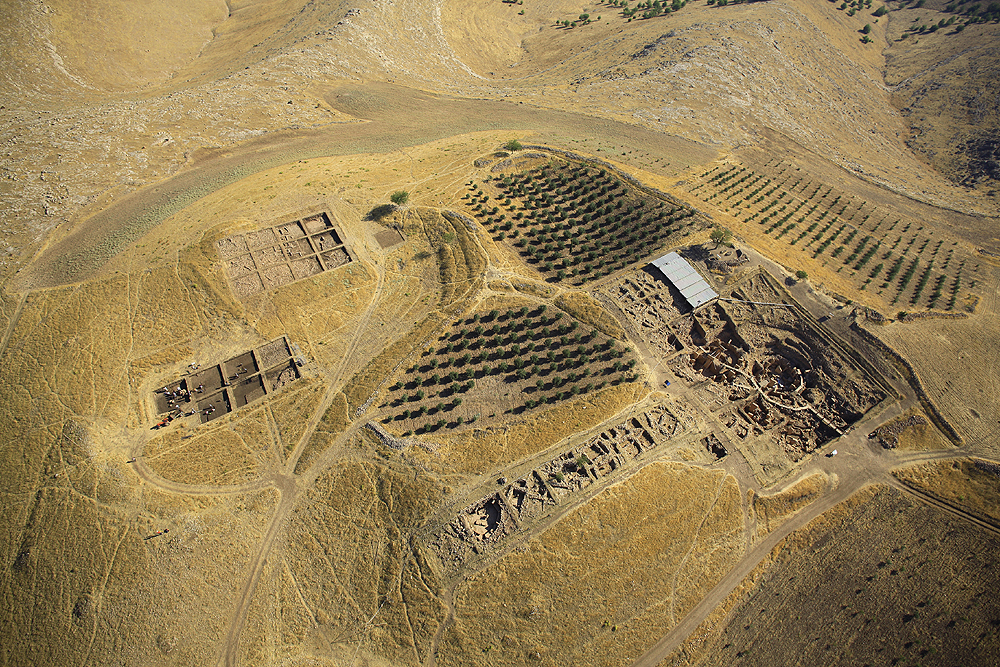 Neolithic Gathering and Feasting at Gobekli Tepe, archaeology, Turkey