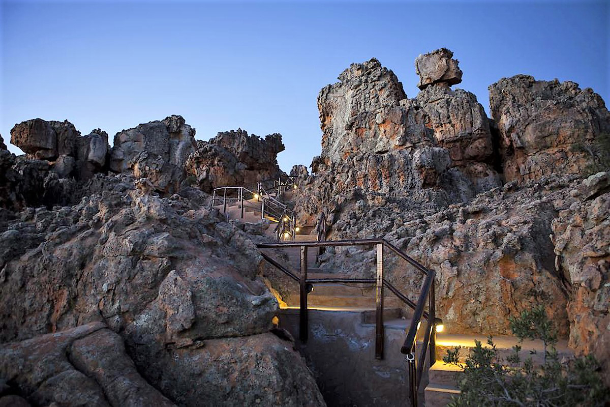 Rock art and tourism in Africa